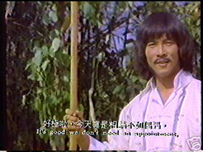 Bien dicho; como si a Hwang Jang-Lee le hiciera falta pedir cita para partirle la cara a alguien de un patadón.